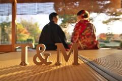 紅葉の季節に日本庭園和室にて前撮りロケ