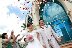 オーダードレスにてハワイ挙式