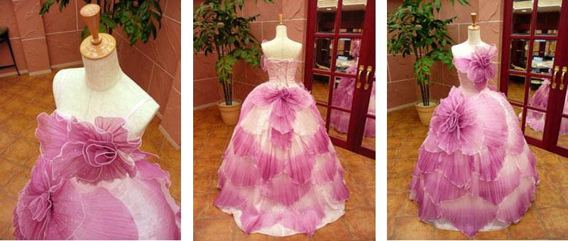 花模様のカラードレスレンタルが格安で人気の滋賀ブルースター