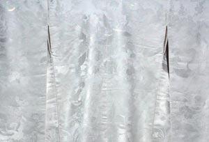 結婚式での白無垢衣装和装レンタルが彦根市や近江八幡でも格安で人気