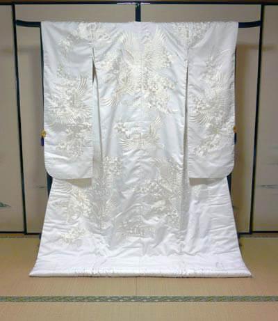 滋賀県守山市で結婚式の和装白無垢レンタルが格安で人気