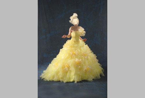 黄色いカラードレスのレンタルが格安