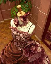 秋に合うカラードレス