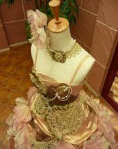 豪華なカラードレスが京都滋賀で人気の滋賀ブルースター